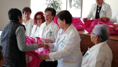 Photo of Voluntariado del IMSS entregó 41 kits de prótesis artesanales de mama