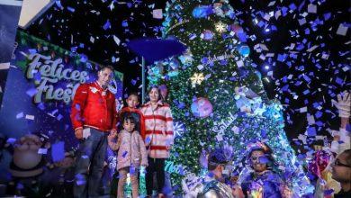 Photo of Promueve unión familiar Alcalde Raúl Camacho con encendido de árbol de los deseos en Pachuquilla
