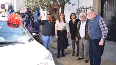 Photo of Entrega DIF de Tulancingo automóvil al ganador de rifa de la fundación Nicolás García