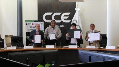 Photo of Firman convenio de colaboración IHEA y CCEH