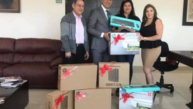 Photo of Alcalde Fernando Pérez entrega apoyos tecnológicos