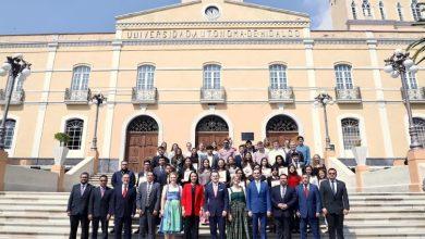 Photo of Firma UAEH convenio para fortalecer domino de segundo idioma en estudiantes