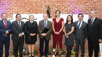 Photo of Entrega IEEH reconocimiento al Consejero del INE, Marco Antonio Baños
