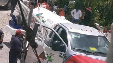 Photo of Denuncian a operadores políticos de los Charrez, de regalar gas en Ixmiquilpan