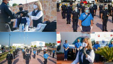 Photo of Yoli Tellería entrega kits de protección a Policías y PC de Pachuca