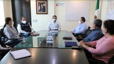 Photo of Presentan ante su equipo de trabajo al Subsecretario de Servicios de Salud de la SSH