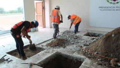 Photo of Inició edificación de escaleras de emergencia en Presidencia Municipal de Tulancingo