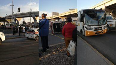 Photo of Vuelca camioneta de pasajeros en bulevar Miguel Hidalgo