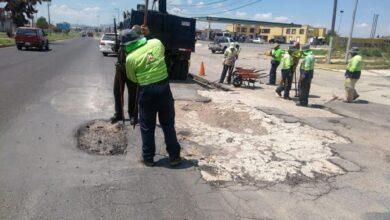 Photo of Sopot realiza trabajos de bacheo en boulevard Santa Catarina de Pachuca
