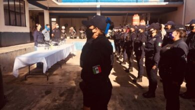 Photo of Entregan uniformes a personal de Seguridad Pública en Santiago Tulantepec