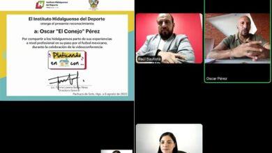Photo of Óscar «El Conejo» Pérez conversó con aficionados, en el panel «Platicando en casa con»