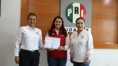 Photo of Paola Jazmín nueva titular del Organismo Nacional de Mujeres Priistas en Hidalgo