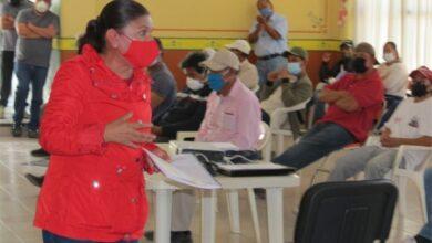 Photo of Juliana Ortiz en reunión con liga municipal de futbol en Huichapan