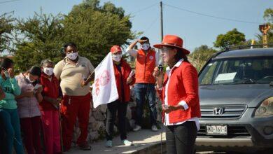 Photo of Trabajo en unidad por la niñez y juventud comprometió Karina Navarrete en su visita al pedregal
