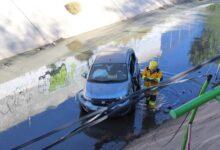 Photo of Cae auto a canal de agua en Pachuca