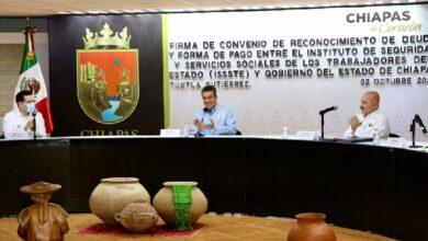 Photo of Firman convenio ISSSTE y Gobierno de Chiapas para saldar deuda de mil 800 mdp