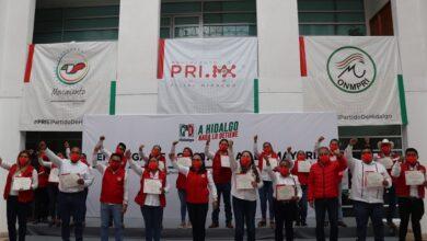 Photo of PRI entregó constancias de mayoría a integrantes de los 32 ayuntamientos electos