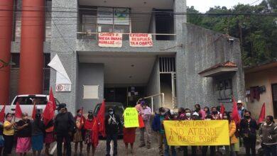 Photo of Antorchistas realizan protesta en Huejutla; solicitan obras y servicios básicos