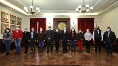 Photo of Alcalde de Pachuca presenta su gabinete, olvidándose de las mujeres
